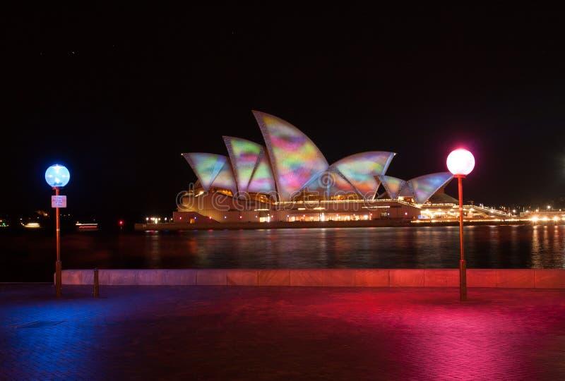 Оперный театр в ярком Сиднее 2011 стоковые изображения
