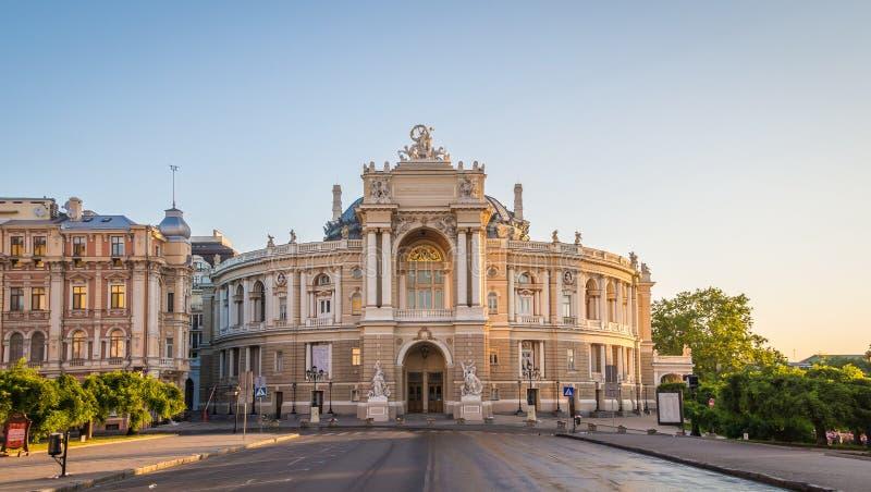 Оперный театр Одессы в утре стоковое изображение