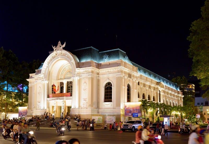 Оперный театр Сайгона (муниципальный театр) в Хо Ши Мин, Вьетнаме стоковые изображения rf