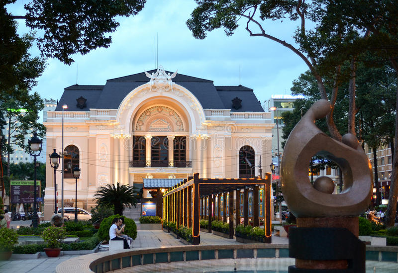 Оперный театр Сайгона стоковая фотография rf