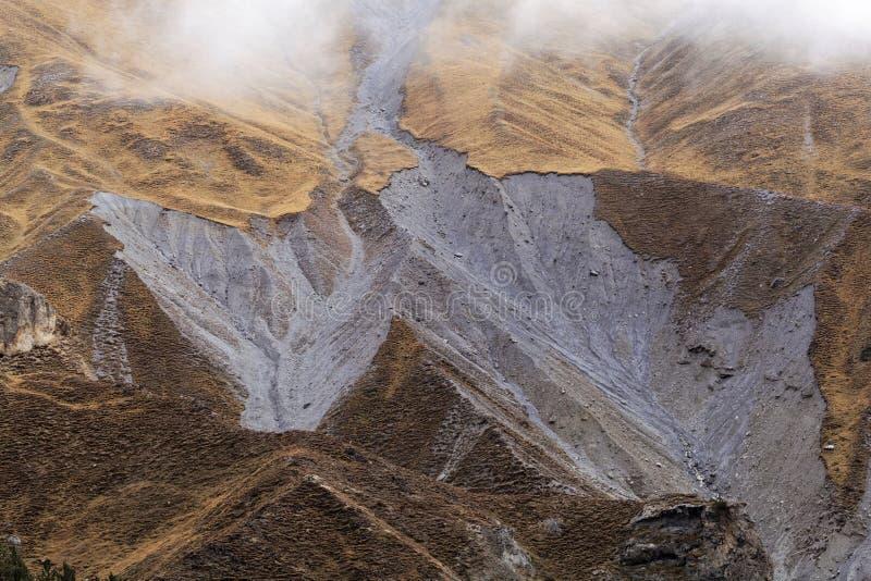 Оползень в горной вершине стоковые изображения rf
