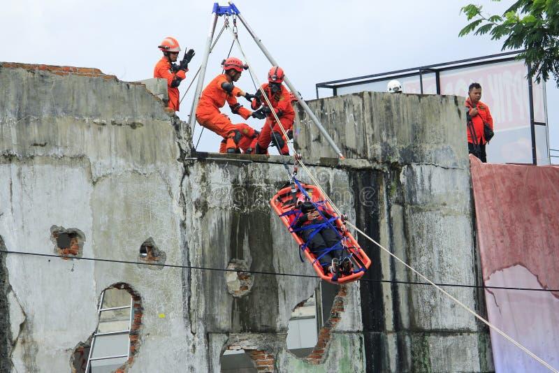 Опорожнение жертв национальным спасением стоковая фотография rf