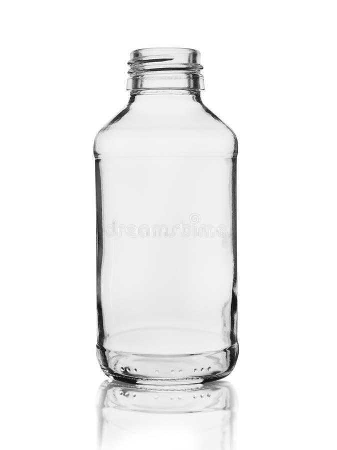 Опорожните стеклянную бутылку для медицин или химикатов изолированных на белой предпосылке с отражением стоковые изображения rf