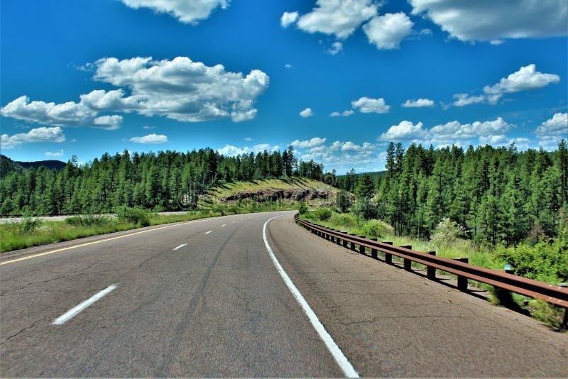 Оправа Mogollon, шоссе 260, Yavapai County, положение Аризоны, Соединенных Штатов стоковые изображения rf