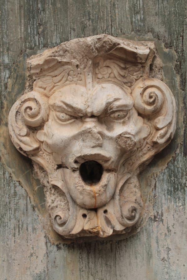 Определенный каменный фонтан, Португалия стоковое фото