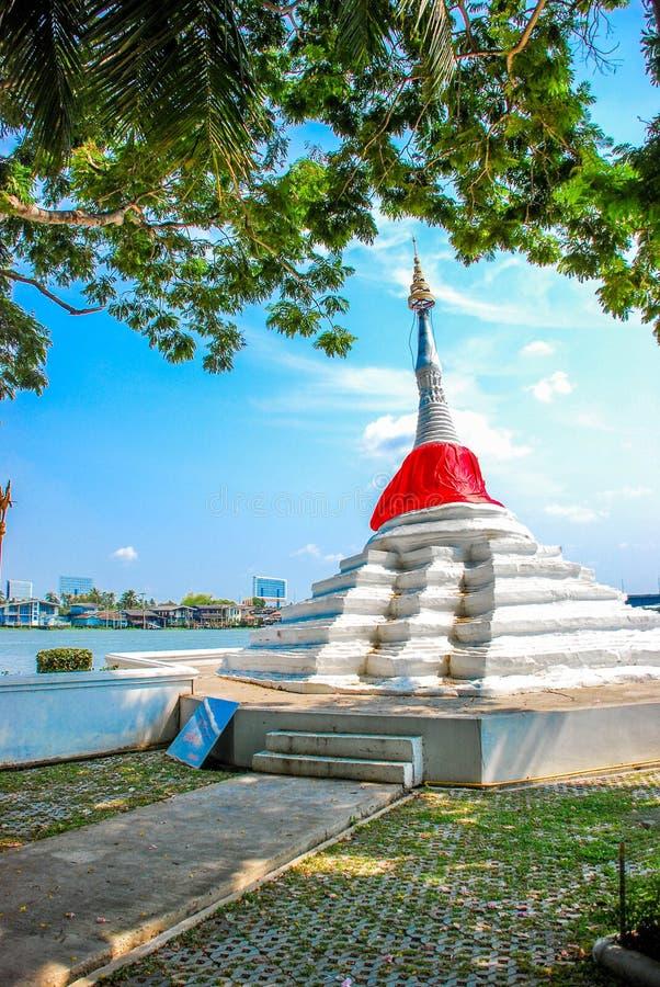 Опрокинутая пагода на Koh Kret, Nonthaburi стоковые изображения