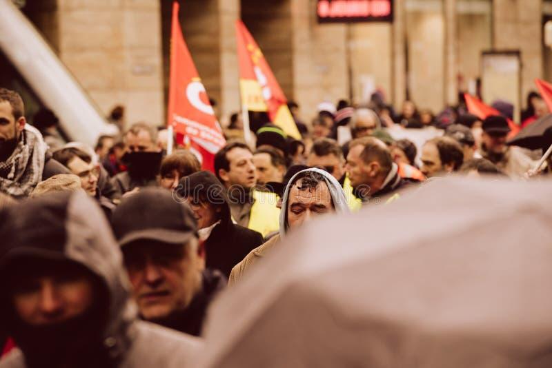 Опротестуйте против строки правительства Macron французской реформ теплых стоковое изображение