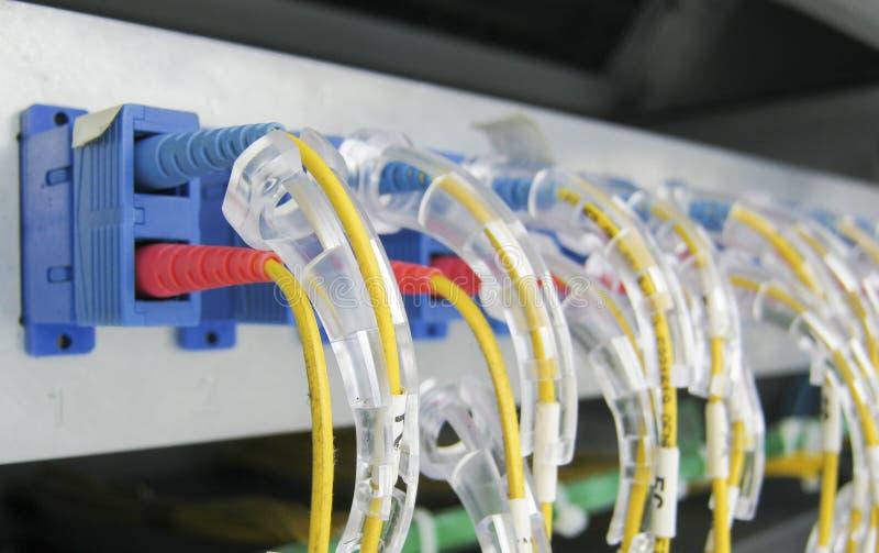 Оптическое коммуникационное оборудование волокна стоковые изображения rf