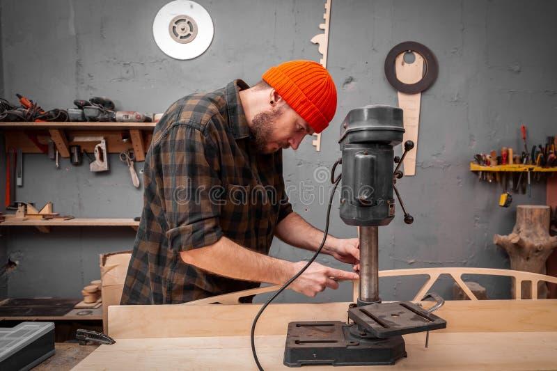 китайские плотники и мастерская фото человека нет времени
