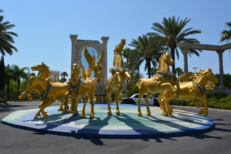 Опыт Святой Земли, группа в составе золотые лошади стоковое фото rf