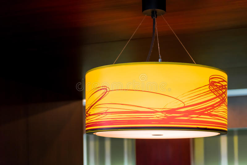 Оранжевая потолочная лампа стоковые фотографии rf