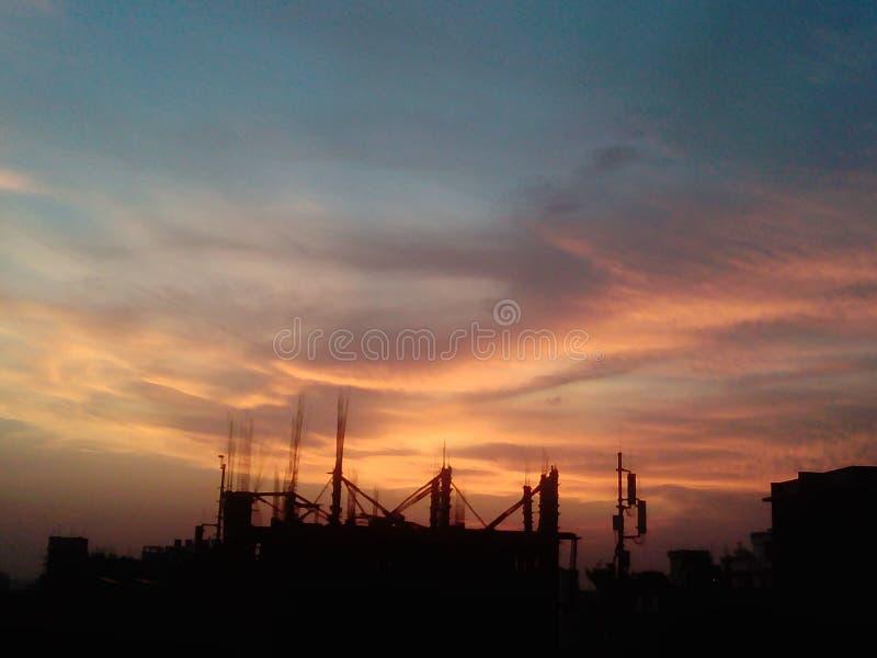 Оранжевое небо представляет почему, don& x27 I; t знает стоковые фото