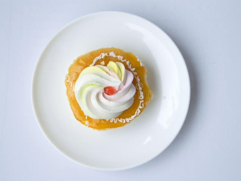 оранжевый ванильный cream торт стоковые изображения rf