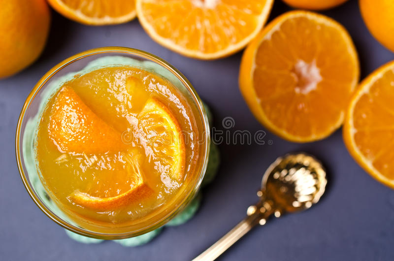 Оранжевый студень в стекле стоковое фото rf