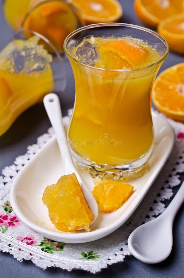 Оранжевый студень в стекле стоковые изображения rf