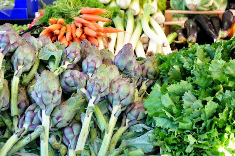 Органический рынок овощей в Италии стоковая фотография