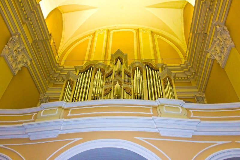 Орган внутри церков ` s St Casimir в Вильнюсе, Литве стоковые фото