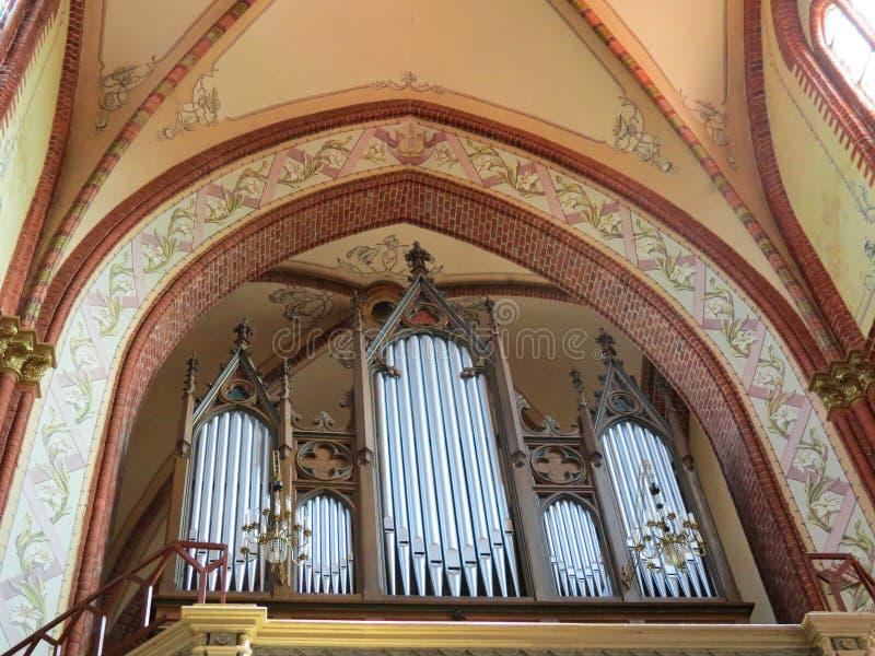 Орган в старой церков, Литве стоковое фото