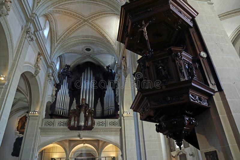 Орган Святого Леодегара стоковое фото rf