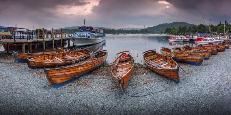 Орел, клен и Delia на береге озера Windermere стоковые фото