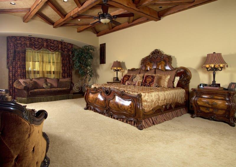 оригинал спальни кровати уникально стоковые изображения rf
