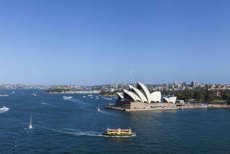 Ориентиры Австралии Сиднея CBD вокруг взгляда гавани Сиднея от h стоковое фото rf