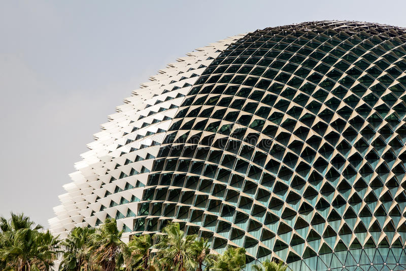 Ориентир ориентир Сингапура: Театры эспланады на заливе стоковое изображение