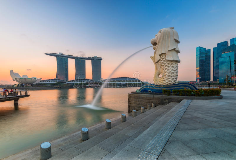 Ориентир ориентир Merlion Сингапура стоковая фотография rf