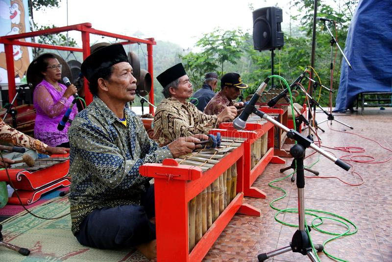 Оркестр Gamelan, Индонезия стоковое изображение