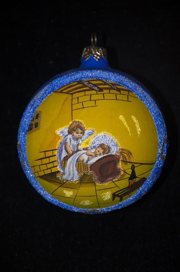 Орнамент для рождественской елки, на черной предпосылке стоковое изображение rf