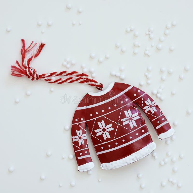 Орнамент рождества и снег фальшивки стоковые изображения