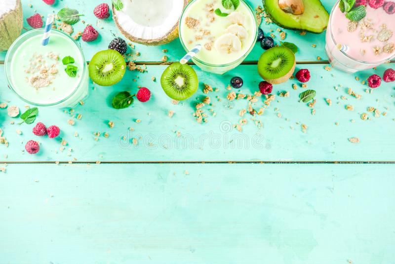 Освежая milkshakes или smoothies стоковое изображение