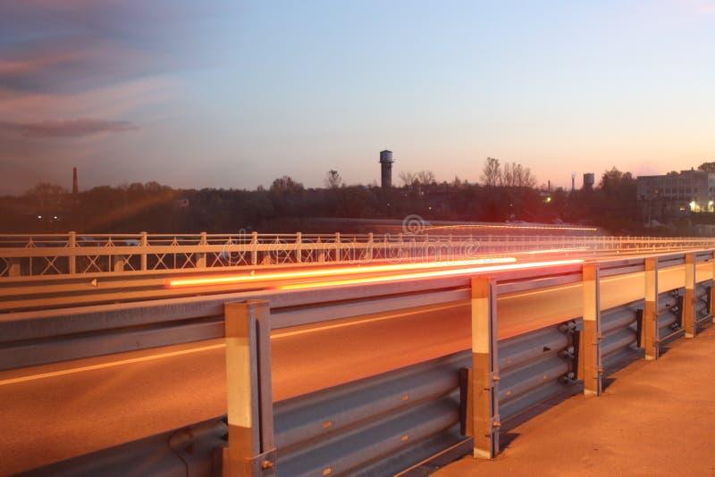 освещает дорогу стоковое изображение