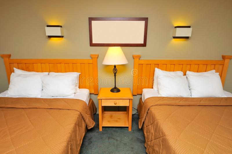 освещенная спальня стоковая фотография rf
