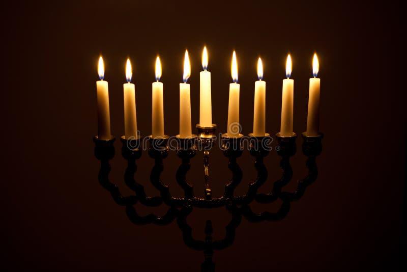 Освещенное свечей Хануки