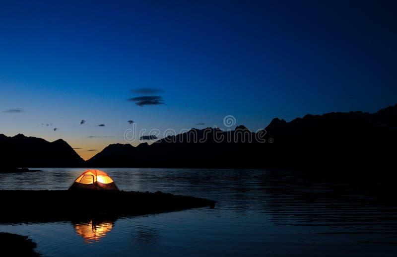 освещенный шатер стоковое изображение
