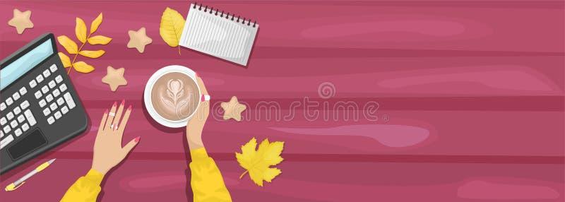 Осенняя квартира лежала на фоне рабочего места в кафе Женские руки держат кубок капучино Бургундский деревянный фон иллюстрация вектора