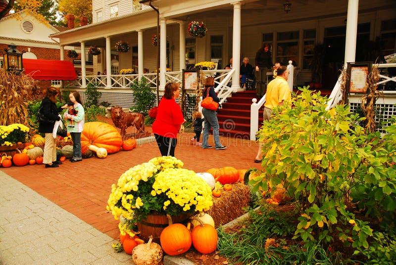 Осень внутри, Stockbridge, Массачусетс стоковая фотография rf