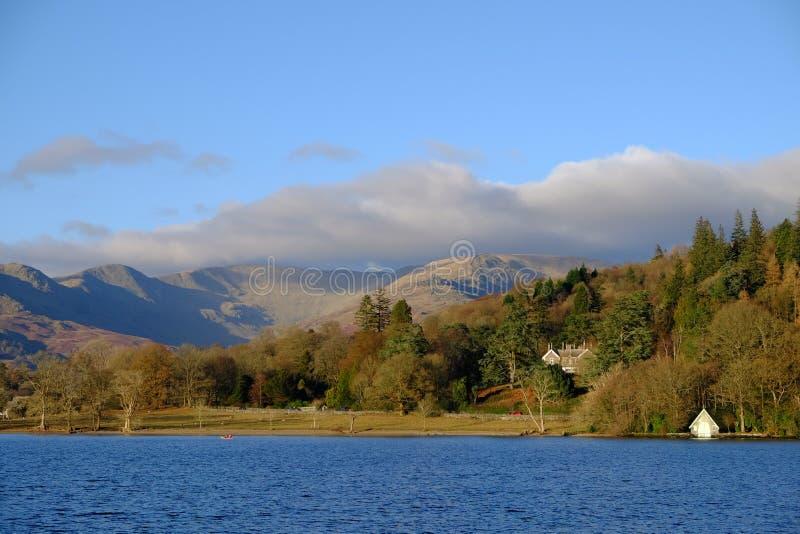 Осень на районе озера Windermere озера английском стоковые фотографии rf
