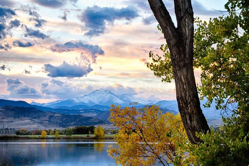 Осень чудесное время года стоковое изображение rf