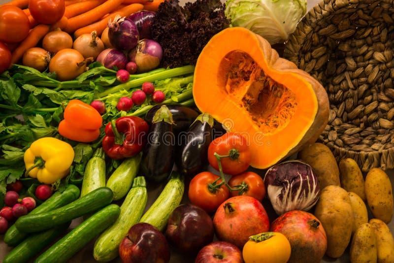 осень fruits овощи жизни все еще стоковые фото