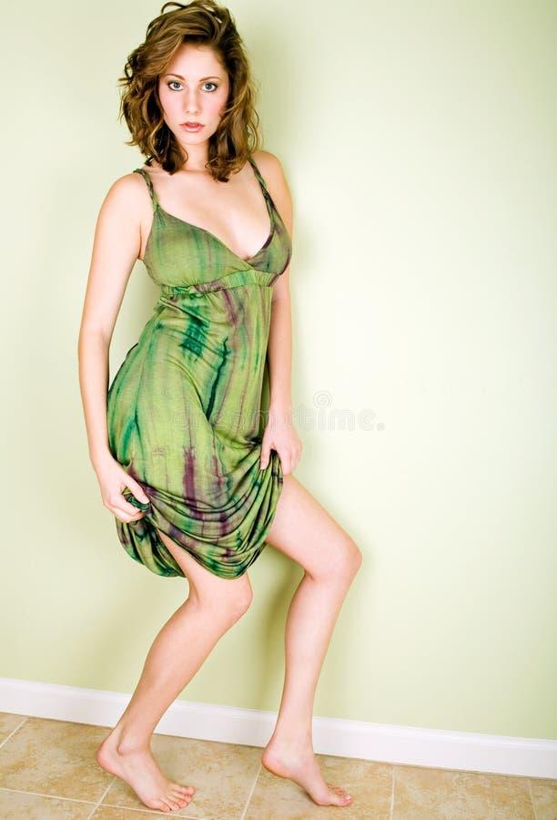 ослабленный способ платья стоковые изображения