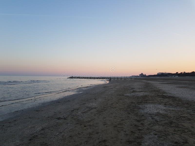 Ослабляя пляж Венеции стоковые фото