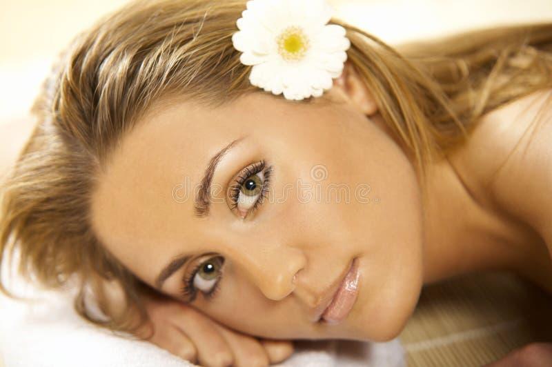 ослабляя спа v стоковые фото