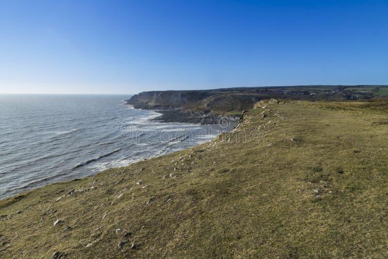 Осмотрите запад от порта Eynon, полуострова Gower стоковое изображение rf