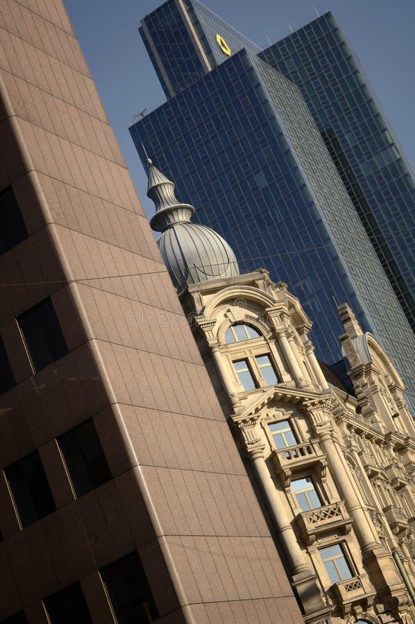 основа commerzbank frankfurt здания стоковые фотографии rf
