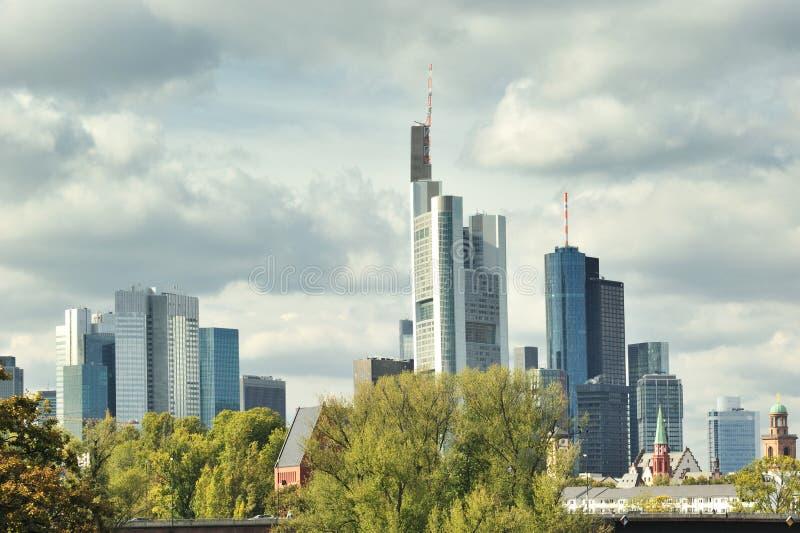 основа frankfurt города стоковые фотографии rf