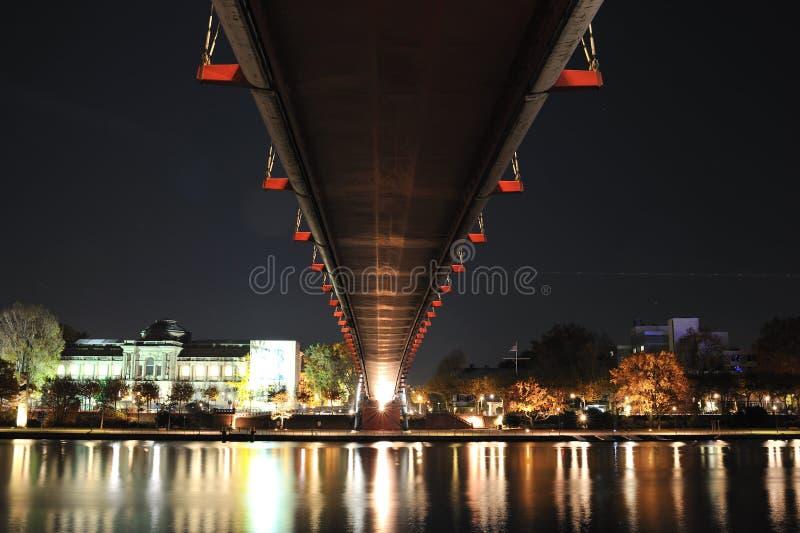 основа frankfurt моста над рекой стоковые фото