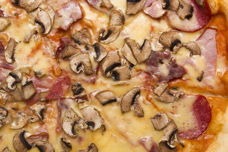 Основные отбензинивания пиццы стоковое фото