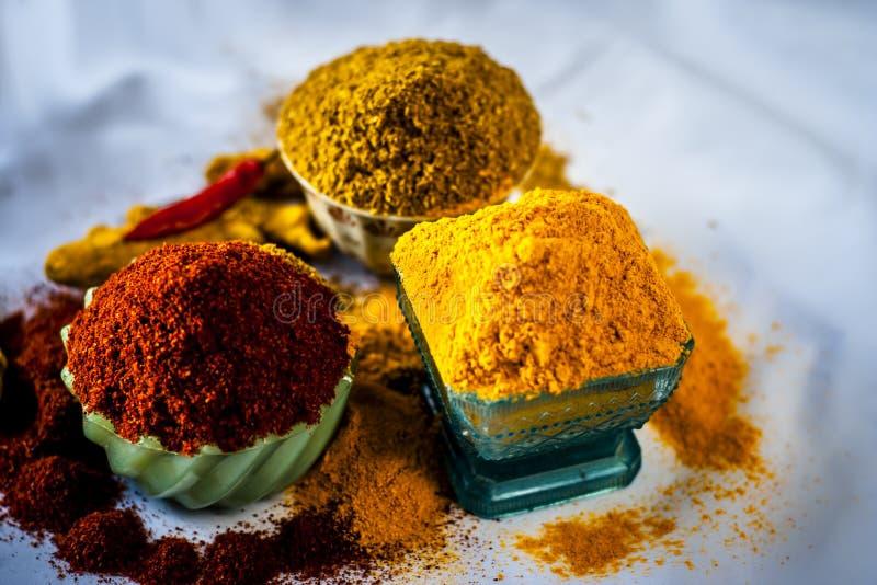 Основные специи индийской еды стоковые изображения rf